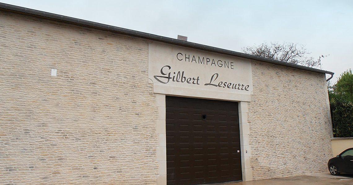 Decopierre extérieur à Champagne Gilbert Leseurre dans l'Aube