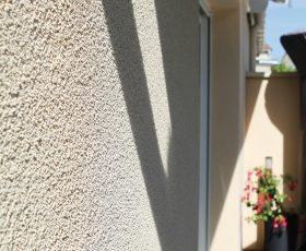 Ravalement de façade maison enduit technique et décoratif