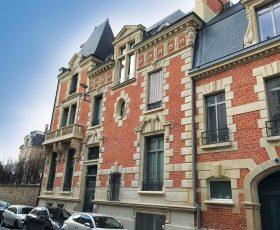Restauration d'une façade pierre et brique à Reims