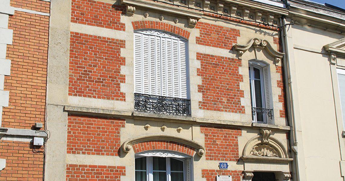 Restauration de facade pierre et brique à Reims