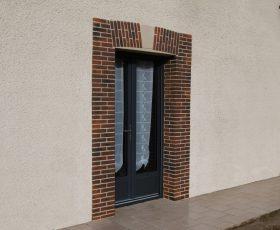 Création d'encadrements en Decopierre aspect brique