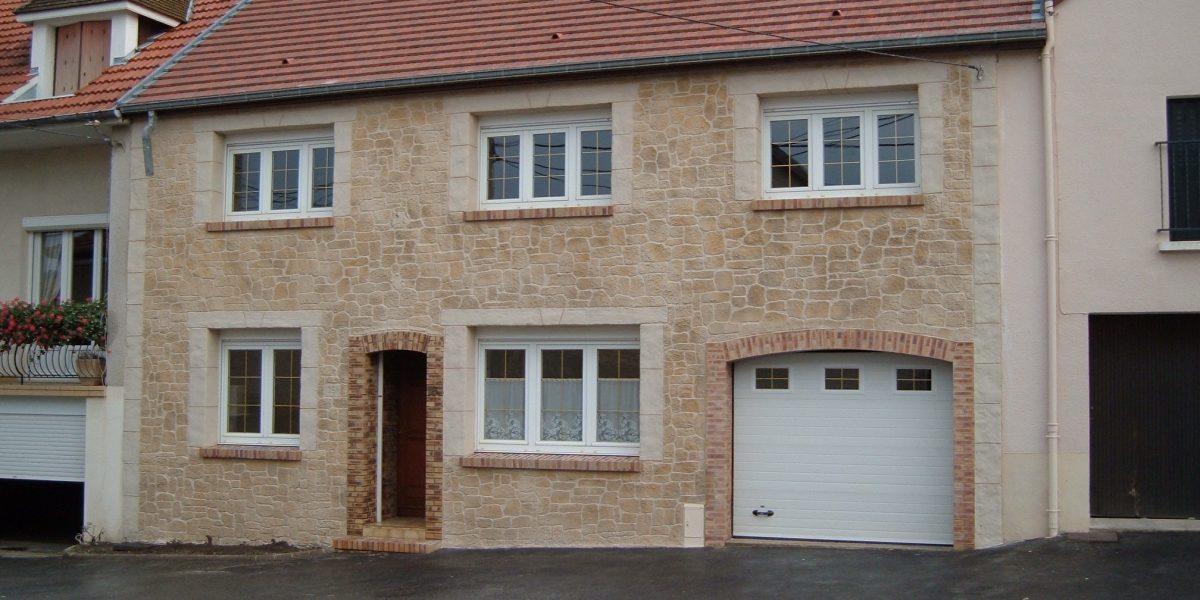 Decopierre extérieur et encadrements fenêtres