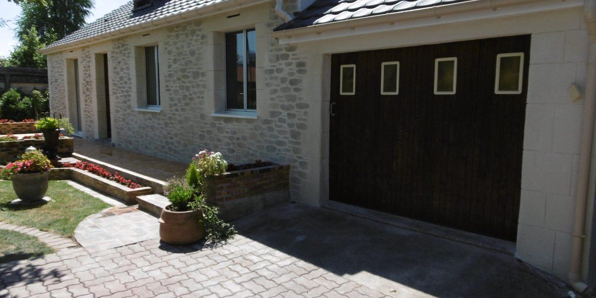 Decopierre extérieur et encadrements portes et fenêtres
