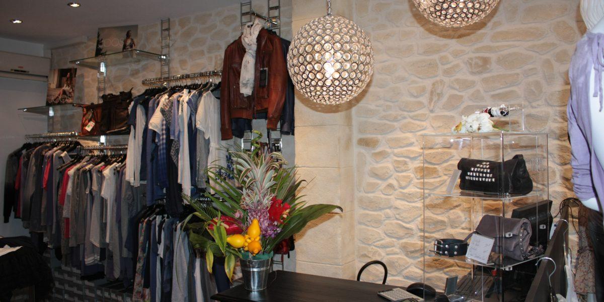 Decopierre intérieur boutique de prêt-à-porter