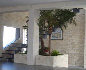 Decopierre intérieur montée d'escaliers