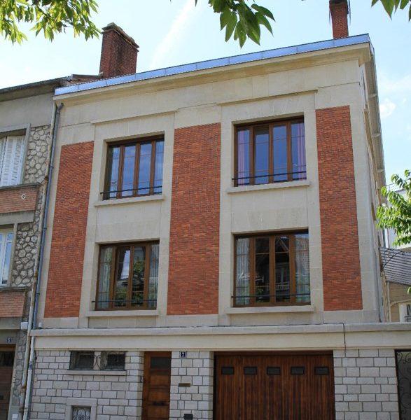 Restauration de façade brique et pierre