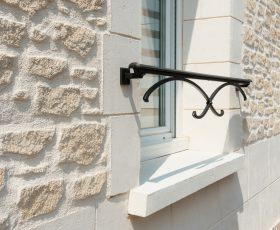 Encadrements de fenêtres en Decopierre
